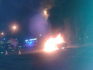 auto in fiamme foggia via ciano