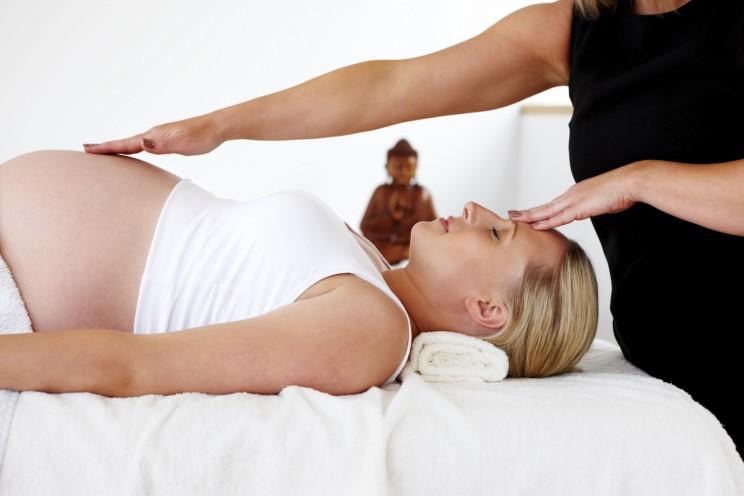 Massaggi e Trattamenti per alleviare mal di schiena,nausee ed il gonfiore alle gambe