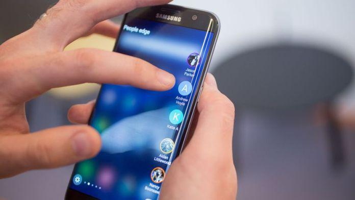 Samsung Galaxy S7 Edge patch febbraio