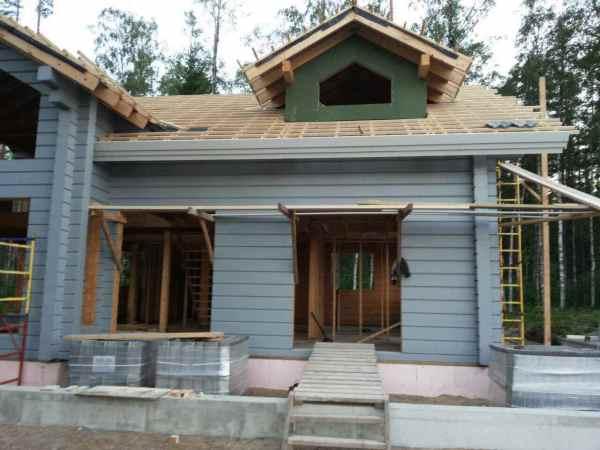 Окраска деревянного дома в пос.Солнечный Берег. Cтройка в ...