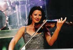 Elana Zlatkova - Corporate Conference Entertainer