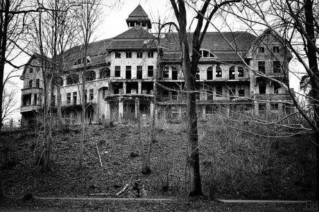 Haunted_House