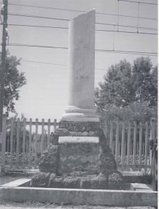 Cippo funebre per il gen. Parisi (foto Gian Franco Fazzì)