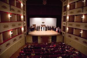 L'applauso del pubblico (foto Fabio Marchetti)