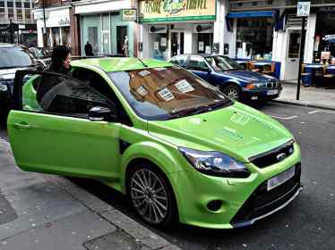 lily_allen_ford_focus_rs_video-blog auto-specialist-auto