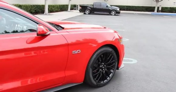 Ford Mustang GT 2015-