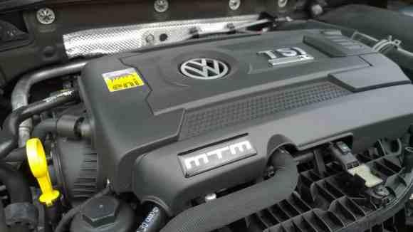 Le bloc TSI de la Golf R développe 360 chevaux grâce à MTM
