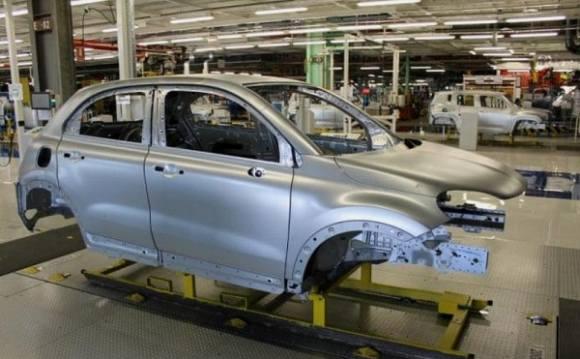 La Fiat 500X immortalise son entrée en production