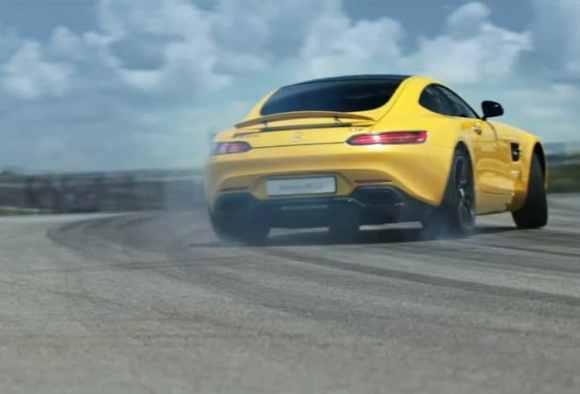 L'AMG GT fait fumer les pneus !