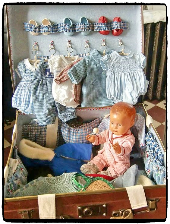 Vintage doll suitcase - complete with color-coordinated outfits and adorable little shoes. Symbolic play fun for the whole family! Discover 5 vintage toys and their modern-day equivalents!