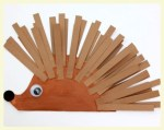 Paper plate hedgehog. Featured by Special Learning House. www.speciallearninghouse.com..jpg