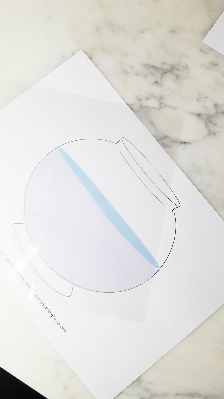Free Printable Fish Bowl Playdough Mat for Special Needs Kids.   speciallearninghouse.com