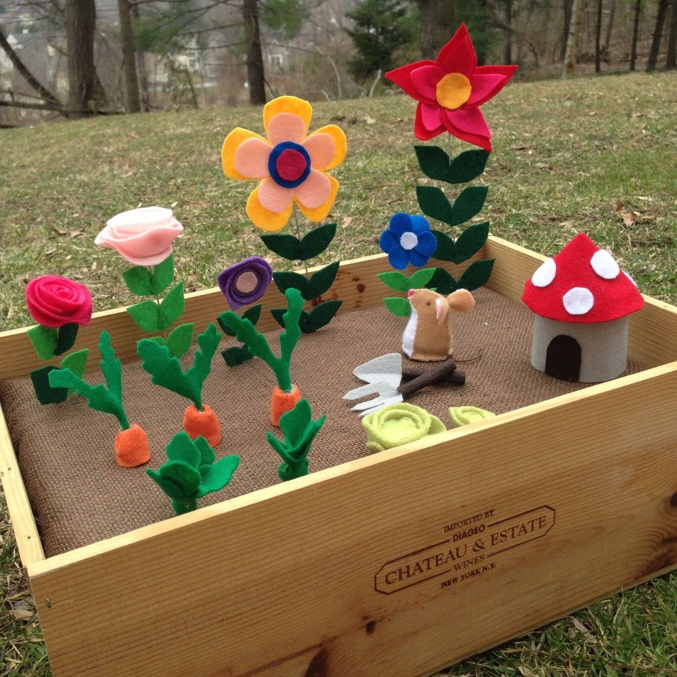 Pretend Play Ideas for Kids with Autism - speciallearninghouse.com