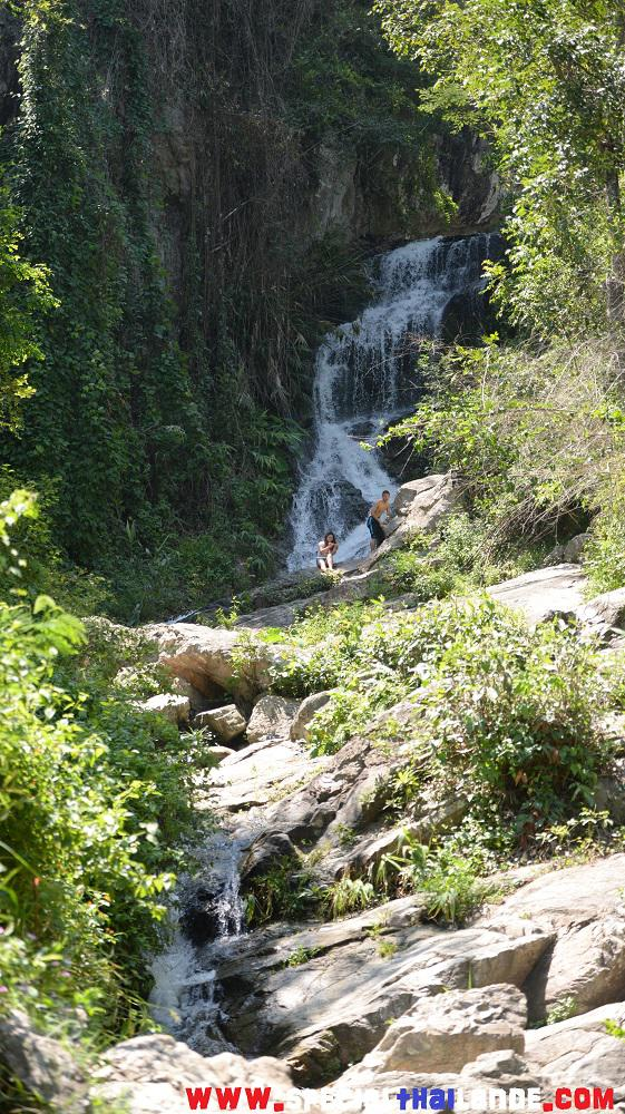Visiter Chiang Mai - Cascades Huay Keaw Waterfall