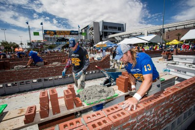Johnny Langeraap laying a course of brick at the 2021 SPEC MIX BRICKLAYER 500