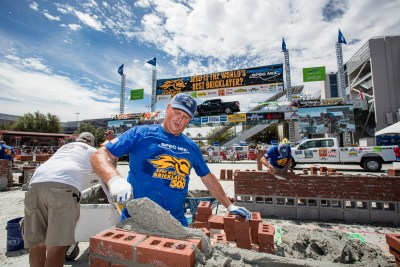 Brian Tuttle laying brick at the 2021 SPEC MIX BRICKLAYER 500