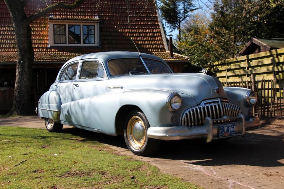 1946 Buick Roadmaster Straight 8