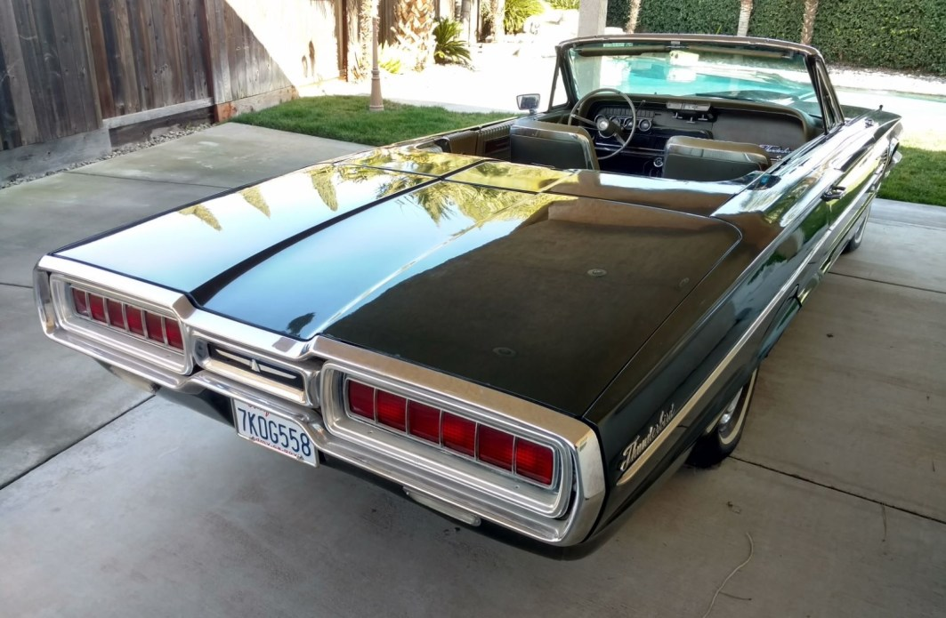 1965 Ford Thunderbird Convertible - slide