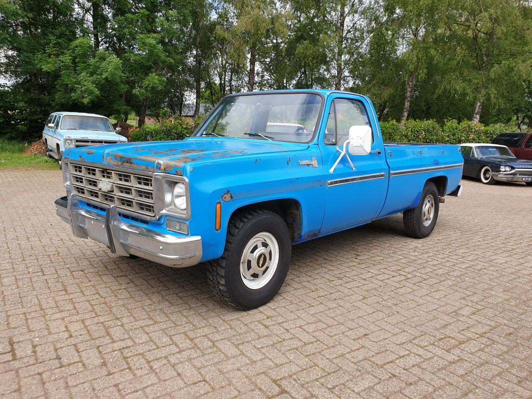 1977 Chevrolet C20 Scottsdale 350ci Manual trans (01)