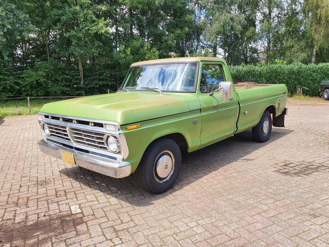 1973 Ford F100 Custom 360ci V8 automatic (1)