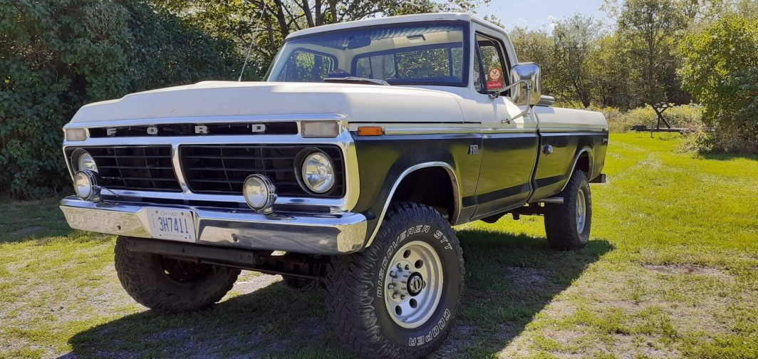1973 Ford F250 HighBoy 360ci manual (1)
