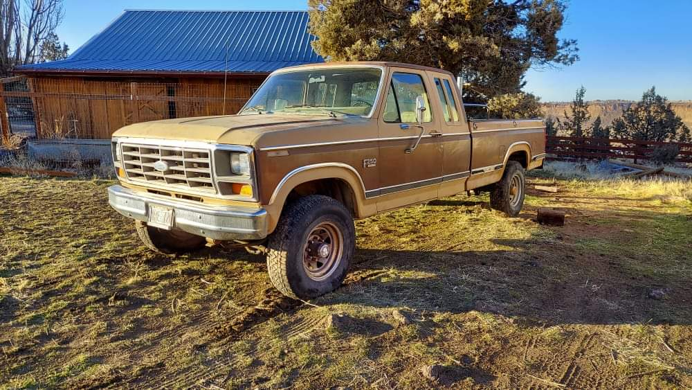 1984 Ford F250 SuperCab XLT 4x4 460ci manual (001)