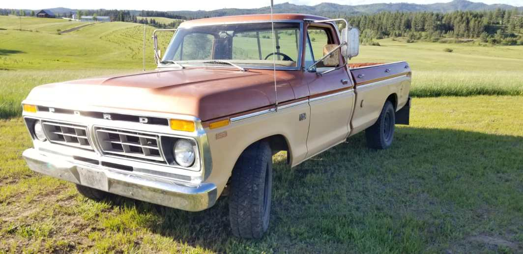 1976 Ford F250 CamperSpecial 390ci V8 (001)