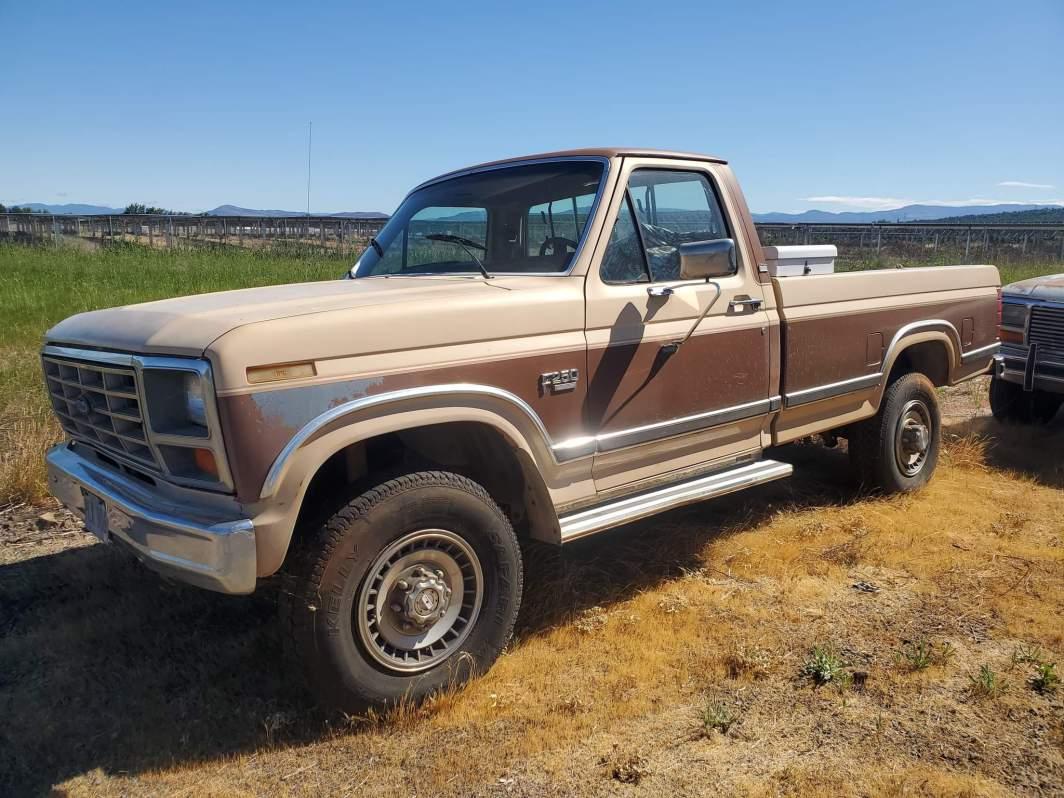 1985 Ford F250 Lariat 4x4 460ci (001)