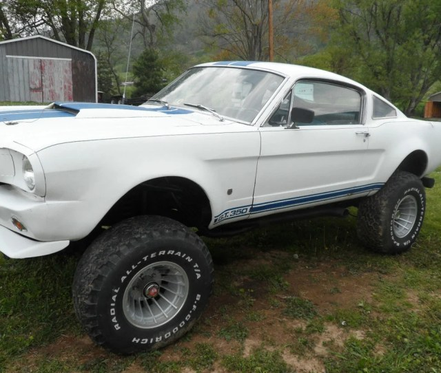 Even The Diehard Off Road Guys Still Have A Soft Spot For Classic Cars If You Are One Of Them We Found The One For You Up For Sale On Ebay Right