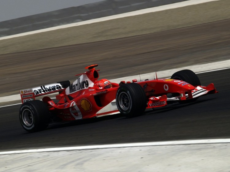 Michael Schumacher - Scuderia Ferrari: FIA Formula 1 World Championship 2004 - Photo 1/9