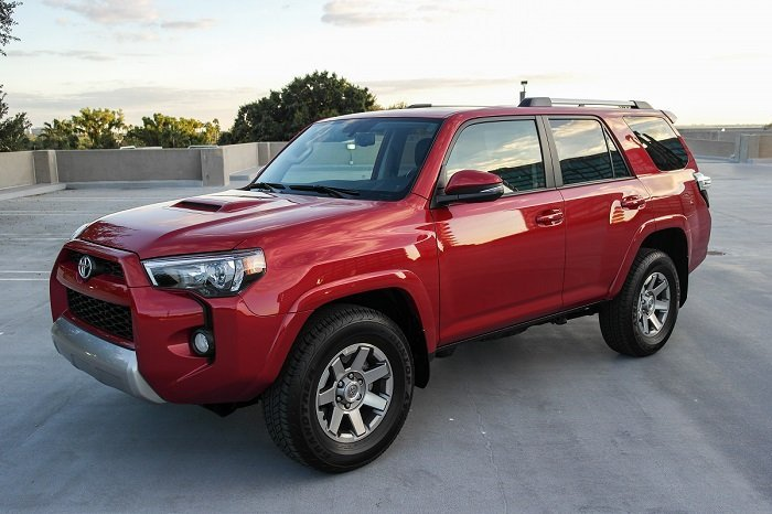 driven 2015 toyota 4runner trail speed sport life. Black Bedroom Furniture Sets. Home Design Ideas