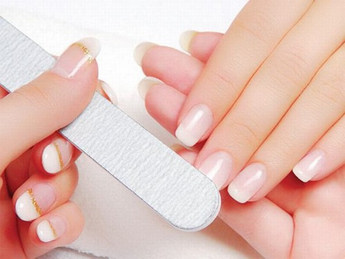 Scrub Your Nails With Toothpaste