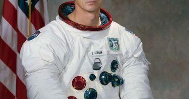astronaut Eugine Cernan
