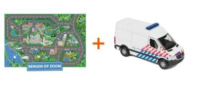Combideal: het speelkleed van Bergen op Zoom met een Politiebus