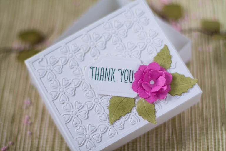Spellbinders - Blooming Garden Collection by Marisa Job   Easy Gift Boxes with Elena featuring S6-146 Heart Flower Box, S3-335 Rose Buds, S4-916 Blooming Roses, KOM-JAN18 Floral Love Card Kit of the Month #spellbinders #giftbox #marisajob #neverstopmaking