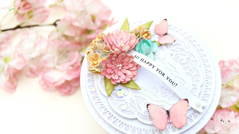 Video: Shaped Card featuring Vintage Treasures with Erum Tasneem for Spellbinders