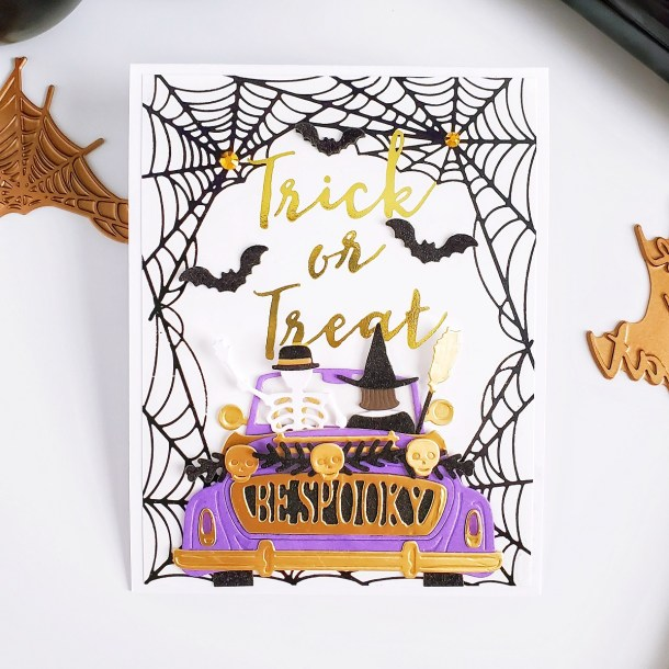 Fall & Halloween Cards with Yasmin Diaz for Spellbinders featuring Fall & Halloween 2020 Collection #Spellbinders #NeverStopMaking #GlimmerHotFoilSystem #Cardmaking