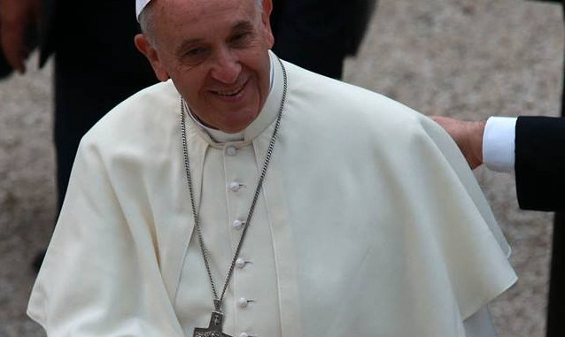 Visita a sorpresa dalle monache clarisse, Papa Francesco a Spello