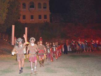Hispellvm 2015, la processione sacra con 300 figuranti ha dato il via