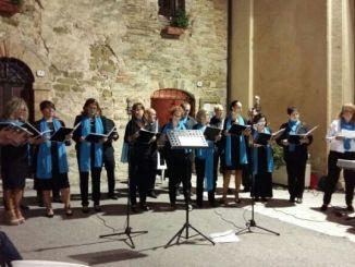 Canti francescani eseguiti dal coro polifonico di Cannara