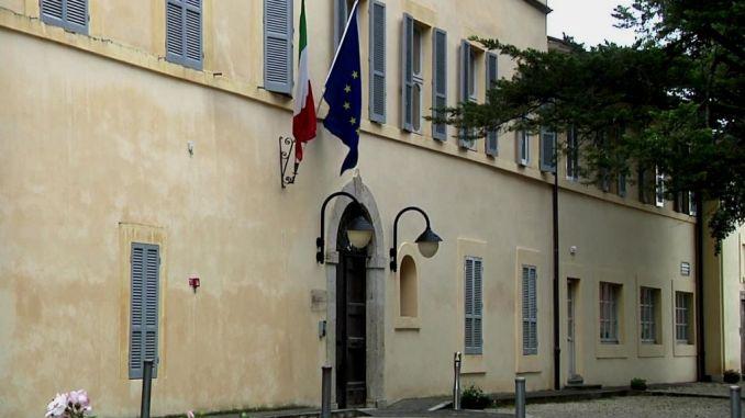 Società pubbliche Villa Umbra incontro, evitare sprechi e mantenere servizi [VIDEO]