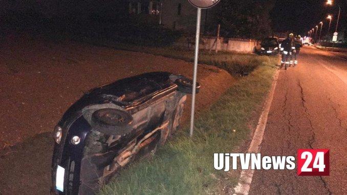 Scontro, un'auto capottata, tre feriti, incidente stradale a Cannara