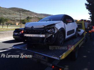 Incidente a Spello sulla 75, tamponamento in corsia di emergenza