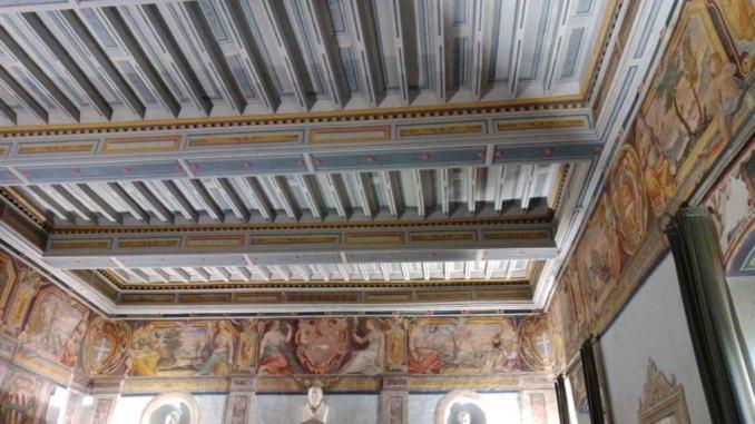 Torna a splendere la Sala degli Zuccari del Palazzo Comunale a Spello