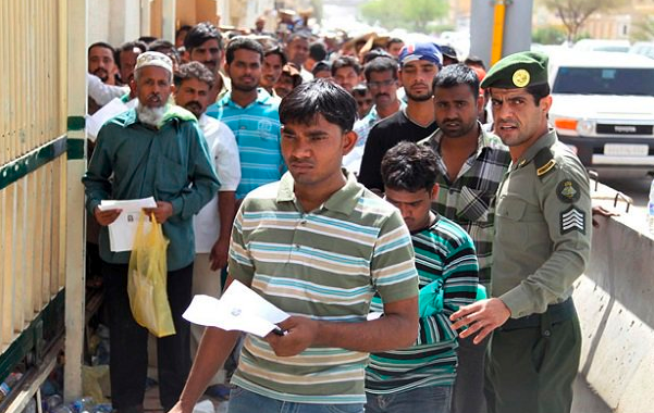 Saudi Arabia Deports 39,000 Pakistani Migrants Because Of Terrorism Fears