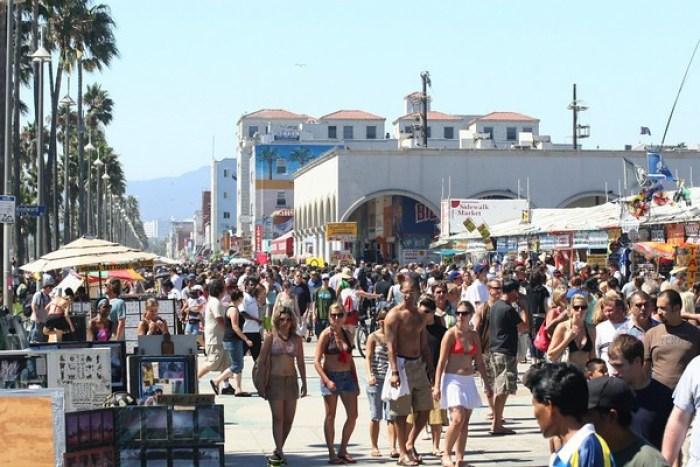 must-sees on a short trip to Los Angeles: Venice Beach Boardwalk - LA, California
