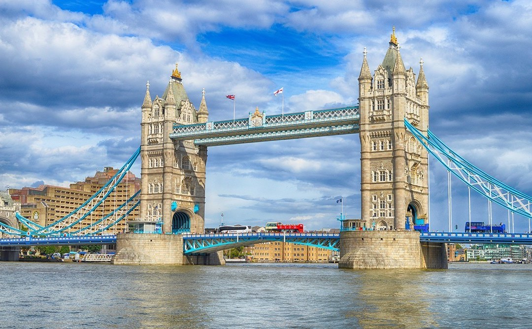 Ask an Expat: Living in London, England
