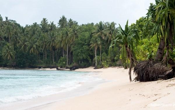 cabgan_island_barobo_philippines