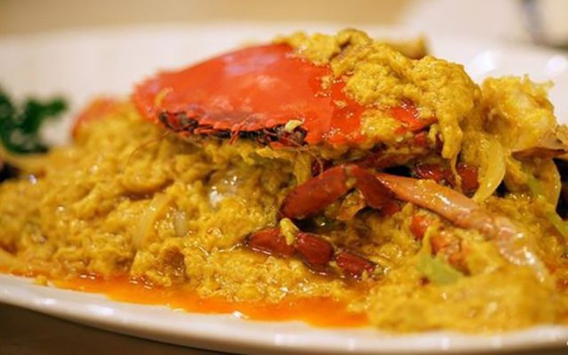 Food to try in Singapore: Chili Crab