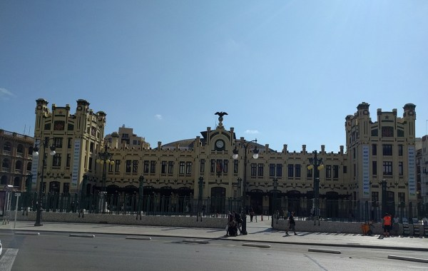 valencia_must_see_central_train_station